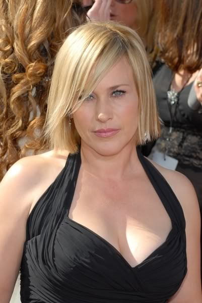 The 49-year old daughter of father  Lewis Arquette and mother Brenda Olivia Nowak, 156 cm tall Patricia Arquette in 2017 photo
