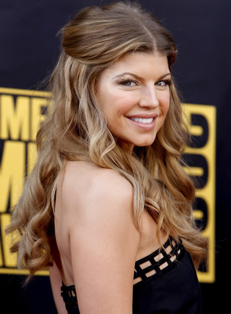 Black Eyed Peas May Rest While Fergie Rocks for Soft Drink ... Fergie