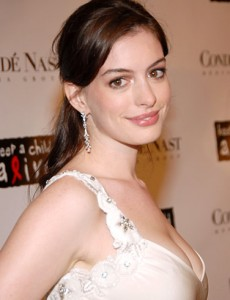 Anne-Hathaway