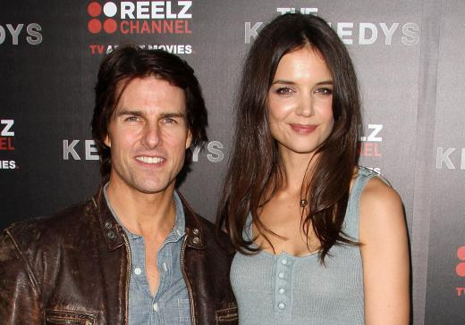Katie Holmes Files in New York, Uses Non-Hollywood Lawyer ... Katie Holmes Attorney