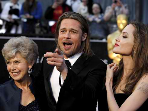 brad pitt with mom and angie
