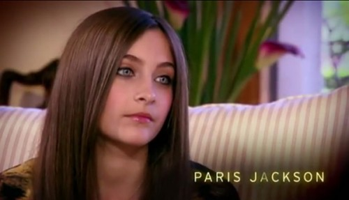 paris-jackson-on-own-500x287