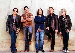 journey-band-with-arnel-pineda