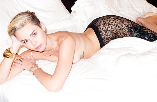 miley.cyrus.by.terry.richardson