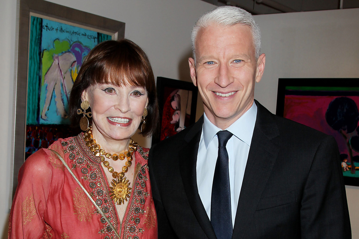 Anderson Cooper Says Mom Gloria Vanderbilt Is Pressuring Him To
