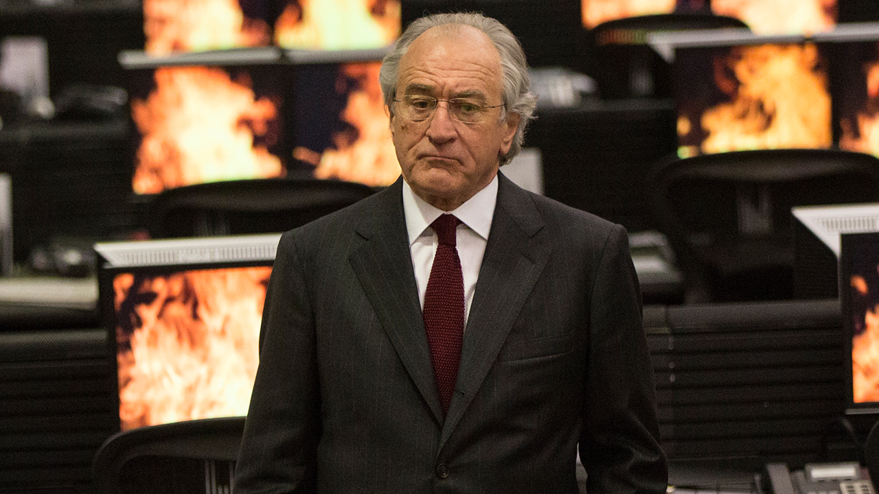 De Niro Explores Bernie Madoff's Shallow Depths in HBO's 'Wizard of Lies'