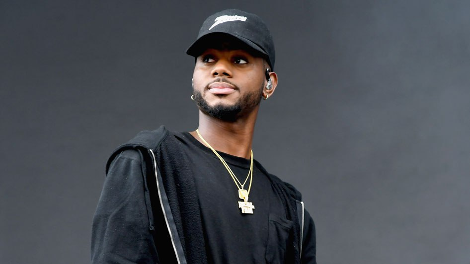 bryson singles Yes this is actually bryson tiller, and no it's not chris brown and yes, if you kept up with bryson since he first dropped don't on his soundcloud, you wo.